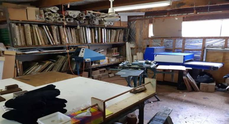 Barrington Trophies, Signs and Screen Printing