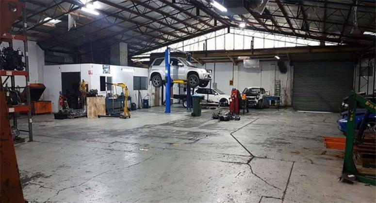 Freehold Automotive Repair Business in Seymour