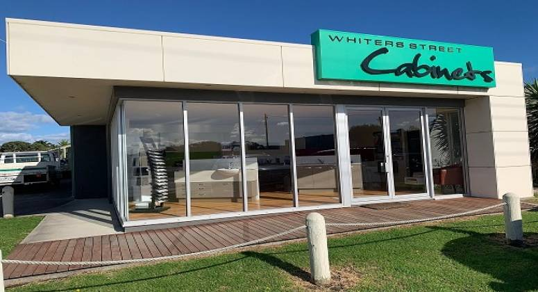 Cabinet Maker for Sale in Lakes Entrance ABM ID #6176