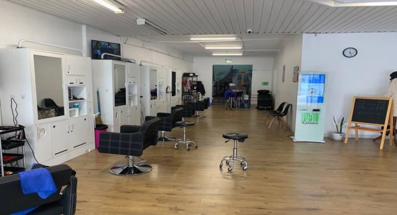 Easy to run Hair Salon Business For Sale Bentleigh